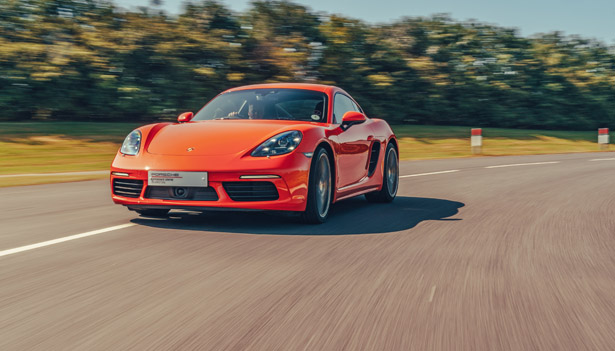 718 Cayman Driving Experience